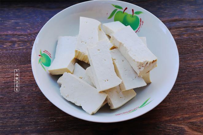 五花肉白菜炖豆腐的做法图解
