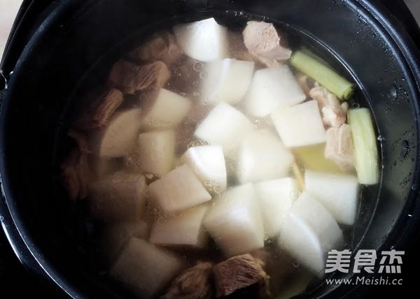 白萝卜炖羊肉怎么煮
