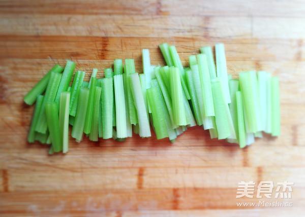 香干炒芹菜的做法大全