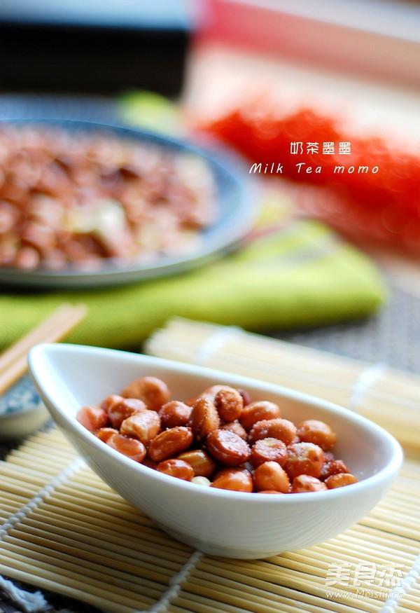 炒花生米成品图
