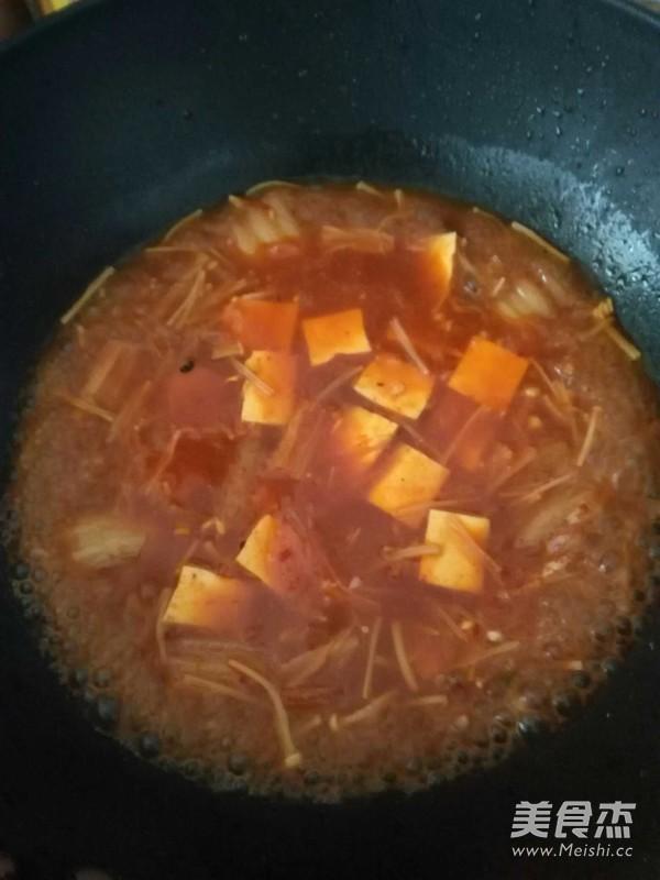 韩式辣白菜豆腐汤的简单做法