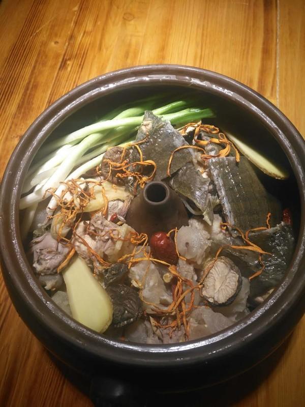 牛鞭甲鱼汽锅鸡的做法图解