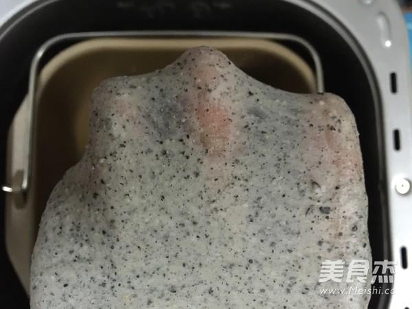 汤种米奇黑芝麻面包怎么做