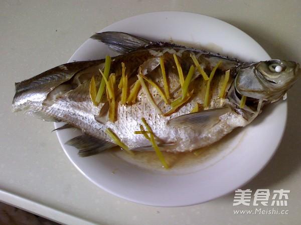 清蒸鳊鱼怎么吃