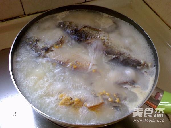青菜鲫鱼粥的家常做法