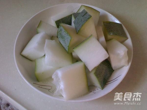冬瓜薏米猪骨汤的家常做法