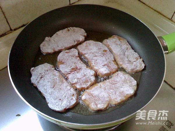 黑椒猪扒饭的家常做法