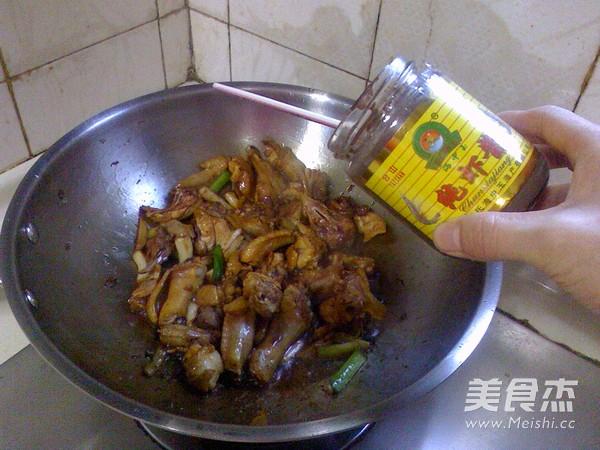 虾酱三黄鸡怎么吃