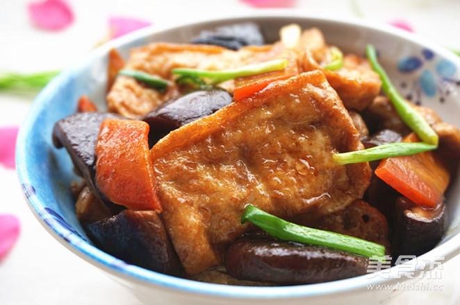 香菇烧豆腐怎么煸