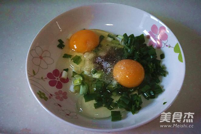 银鱼煎蛋的简单做法