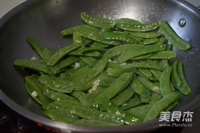 蒜蓉荷兰豆的简单做法