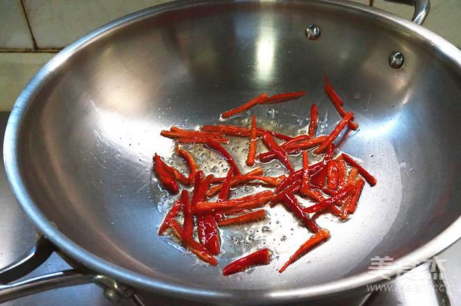 韭菜炒豆芽的简单做法