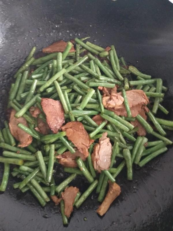 豇豆炒肉怎么做