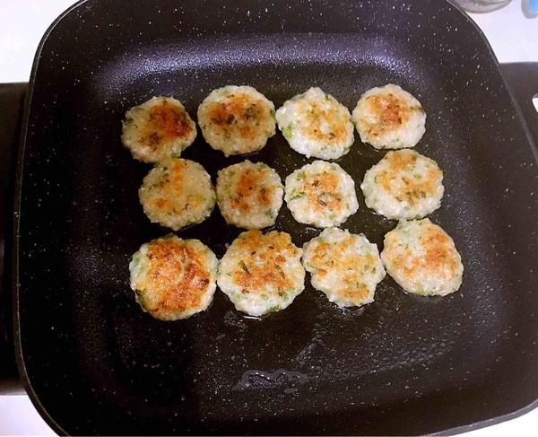 藕丁虾饼的制作