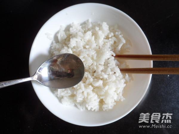 虾仁炒饭的做法图解