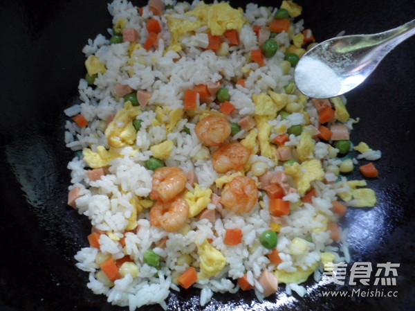 虾仁炒饭怎么做