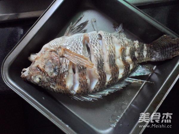 烤鱼怎么炒