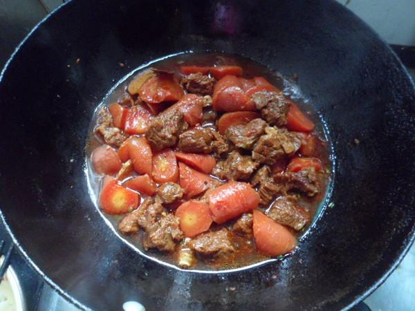 胡萝卜炖牛腩怎样做