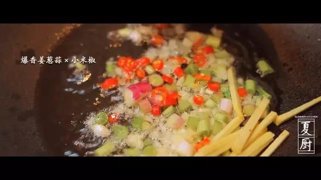 椒盐皮皮虾的家常做法