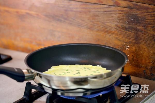 葱花蛋饼的步骤