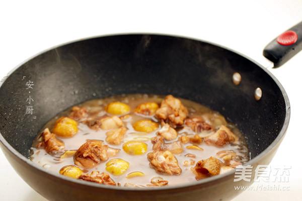 板栗焖鸡的简单做法