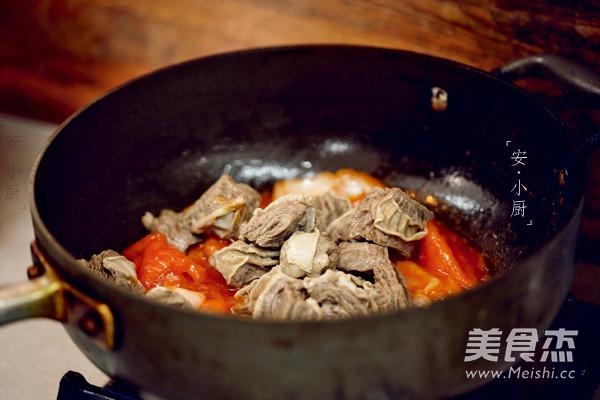 番茄土豆炖牛腩怎么吃