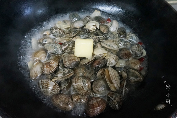 酒蒸蛤蜊怎么吃