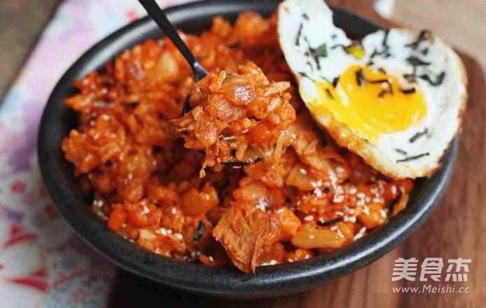 韩国泡菜吞拿鱼炒饭怎么炖