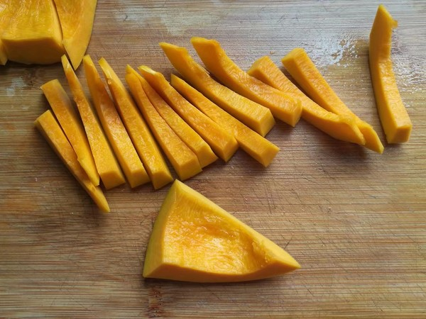 金瓜黑米饭的简单做法
