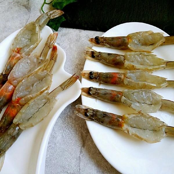 蒜蓉粉丝开背虾的家常做法