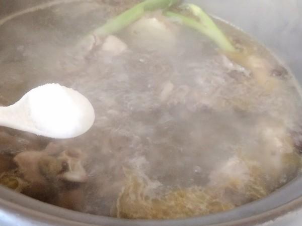 野生荠菜炖鸡汤怎么煮