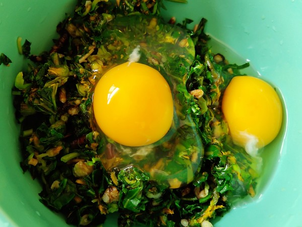 蒲公英炒鸡蛋怎么吃