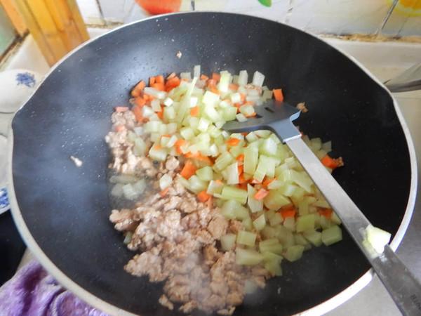 莴笋肉末凉拌米线怎么炒