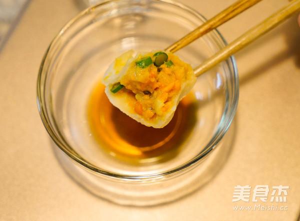 虫草花龙利鱼水饺的简单做法
