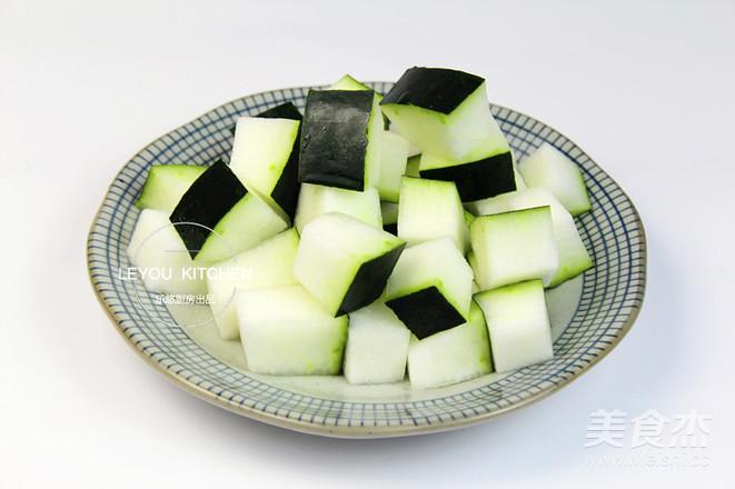 冬瓜薏米排骨汤的家常做法