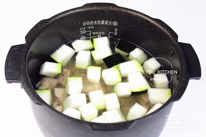 冬瓜薏米排骨汤的简单做法