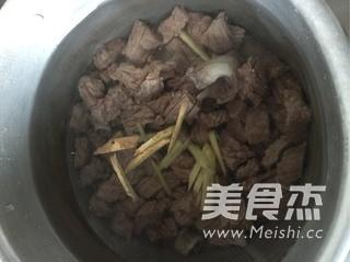 咖喱牛肉粉丝汤的简单做法