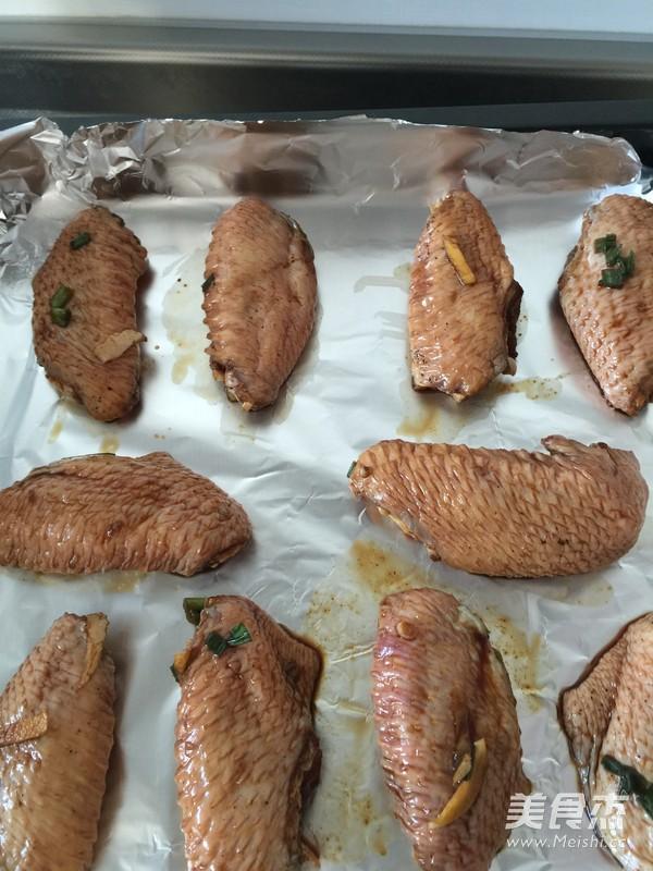 葱香烤鸡翅的家常做法