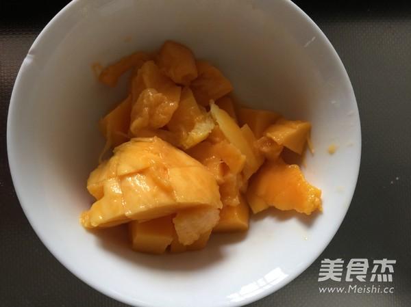 芒果蛋挞怎么吃