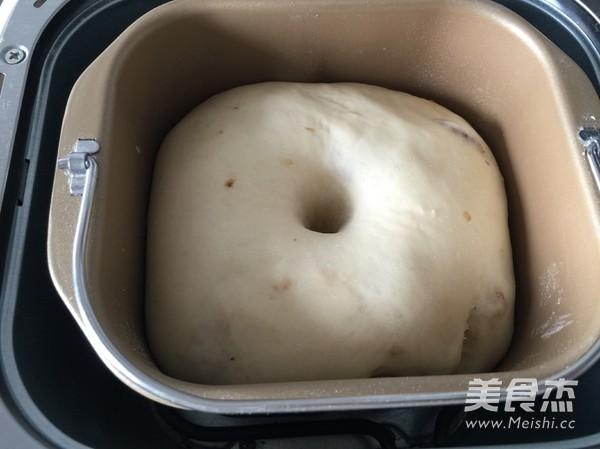 葡萄干餐包的简单做法