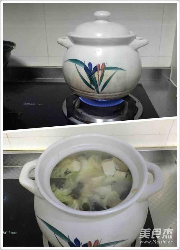 冻豆腐五花肉炖海带白菜怎么吃