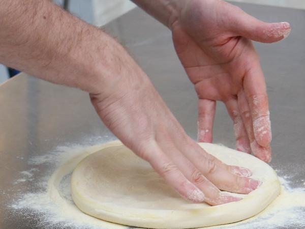 意大利国食玛格丽特披萨的做法图解