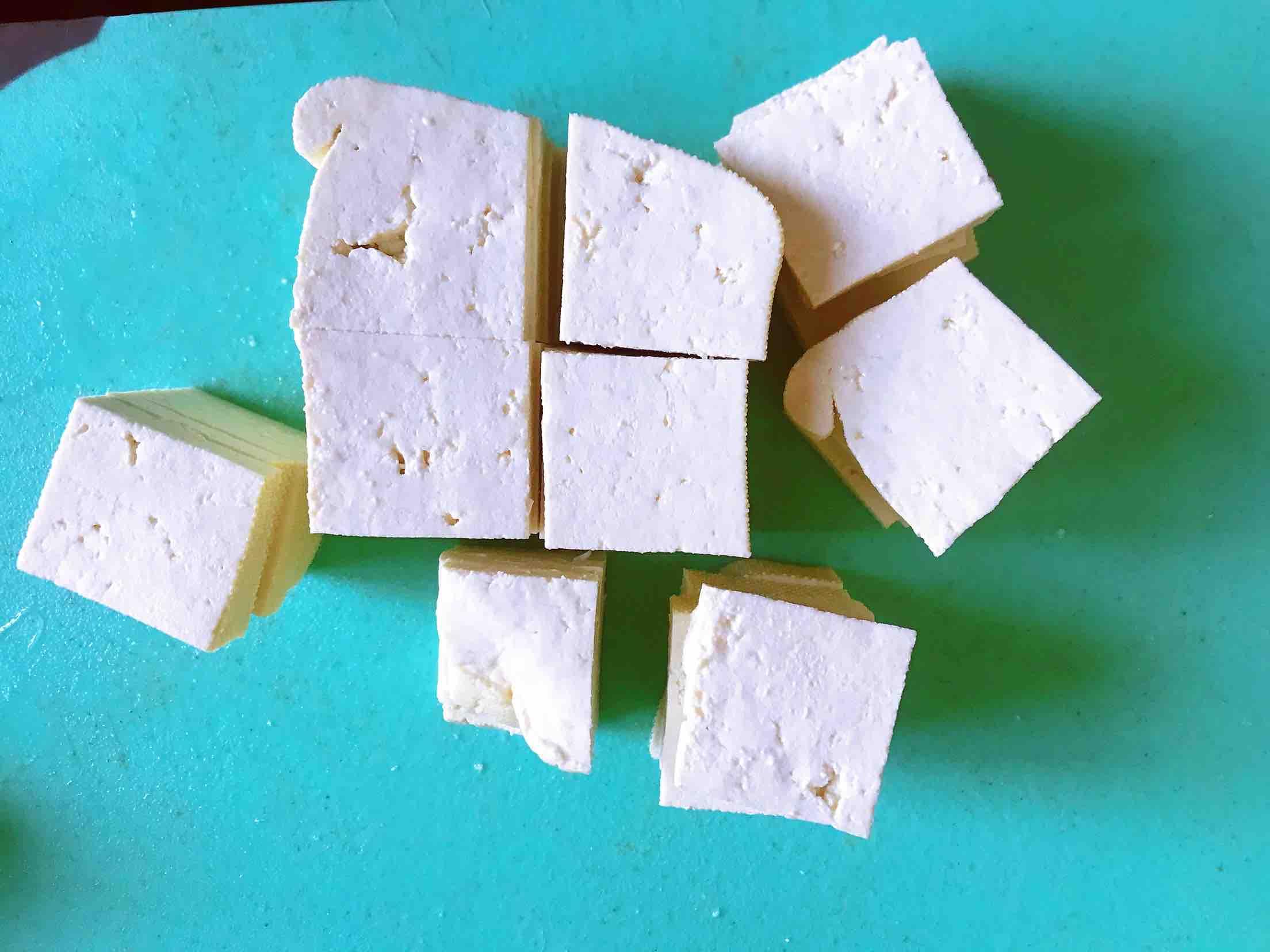 清新爽口带着春的气息的素食笋丁豆腐青团的做法大全