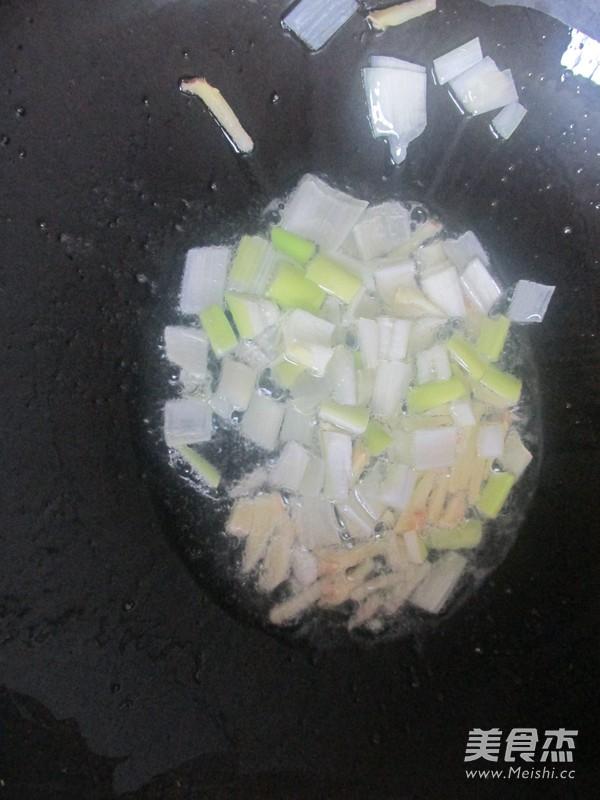 虾仁豆腐怎么炒