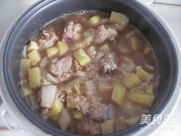 土豆排骨米饭怎么煮
