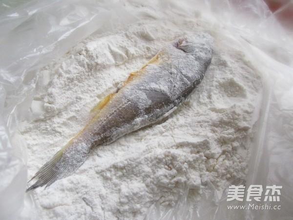 香炸小黄鱼的家常做法