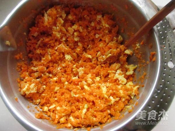 胡萝卜鸡蛋水饺怎么炒