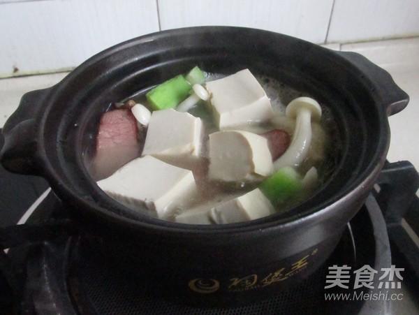 菌菇豆腐煲怎么炒