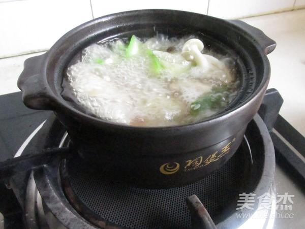 菌菇豆腐煲怎么炖