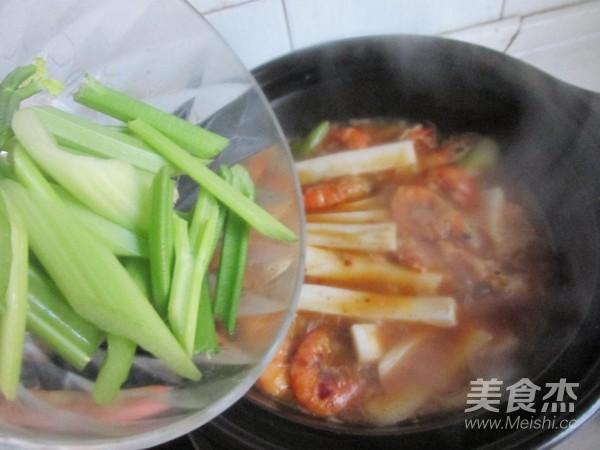 麻辣砂锅年糕怎么煮